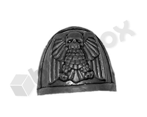 Space Marine Commander Shoulderpad B
